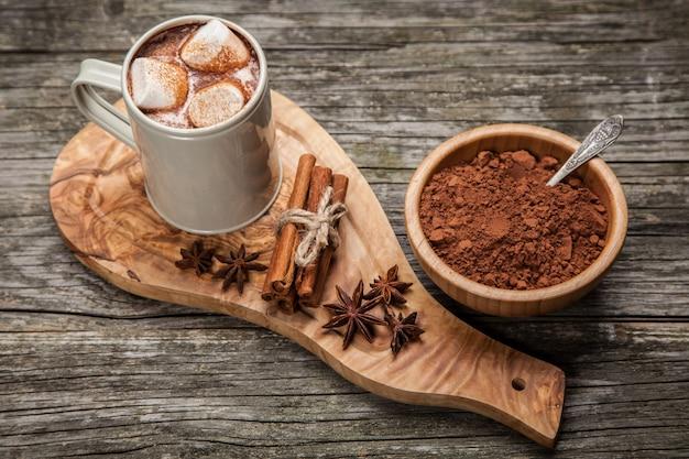 Cacaodrank met marshmallows Premium Foto
