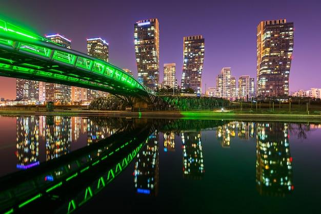 Centralpark bij nacht incheon, zuid-korea. Premium Foto