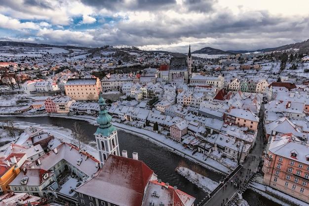 Cesky krumlov winterdag Premium Foto