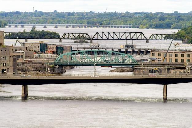 Chaudiere brug over de rivier de ottawa Premium Foto