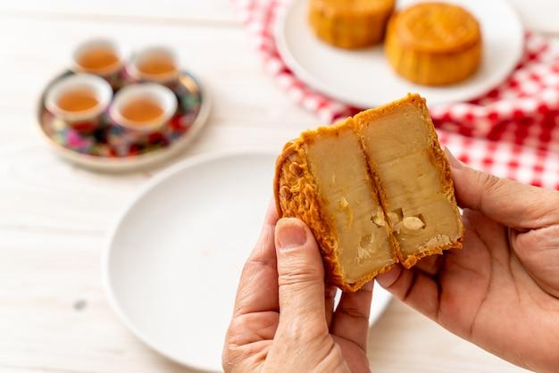 Chinese maancake voor chinees mid-herfstfestival Premium Foto