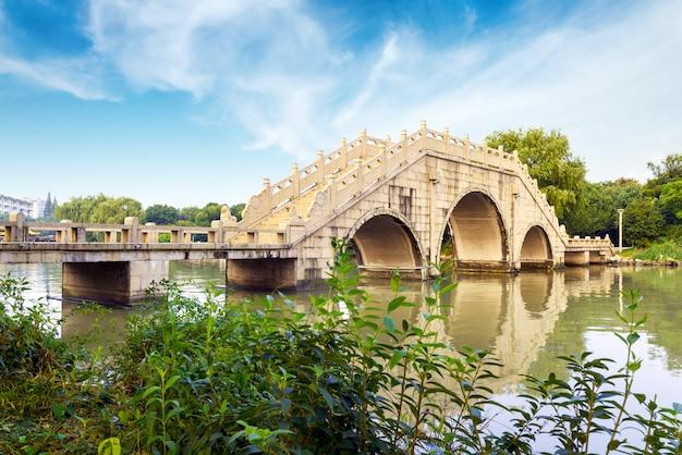 Chinese traditionele bouwbruggen. Premium Foto