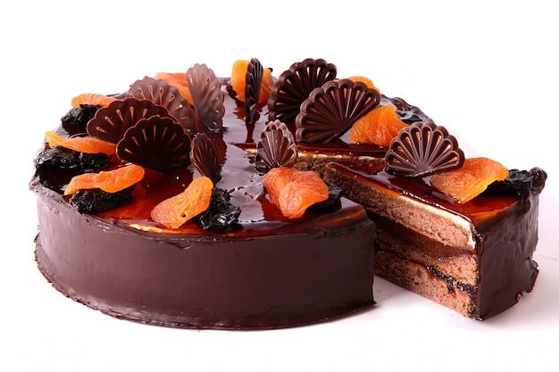 Chocoladecake met gedroogd fruit Gratis Foto