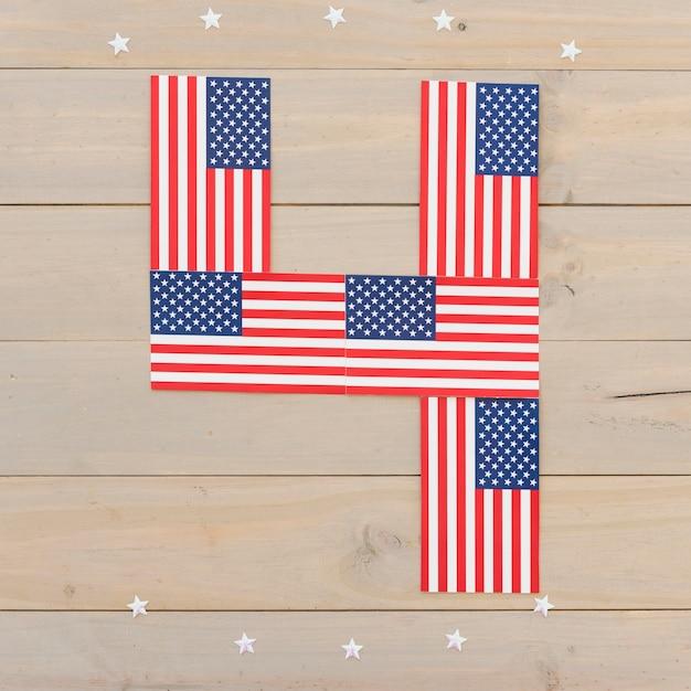 Cijfer 4 van amerikaanse vlaggen Gratis Foto