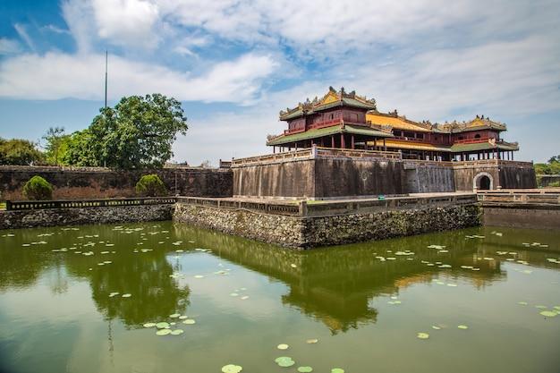 Citadel, keizerlijk koninklijk paleis, verboden stad in hue, vietnam Premium Foto