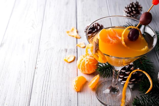 Citrus martini in een glas nieuwjaar Premium Foto