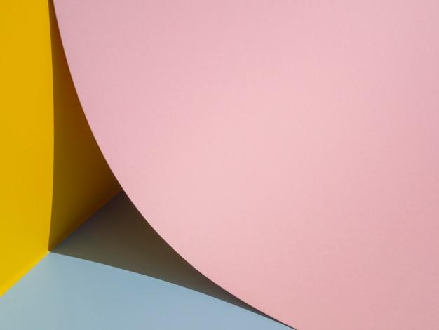 Close-up grote roze cirkel gemaakt van papier Gratis Foto