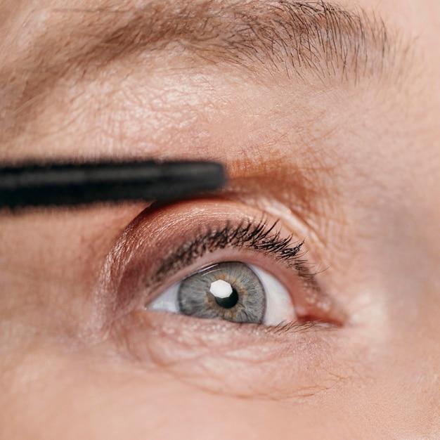 Close-up mooie oog oude vrouw Gratis Foto