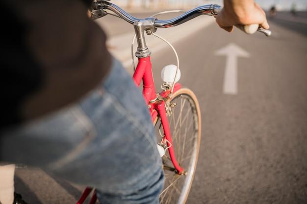 Close-up van fietser fietsten Gratis Foto