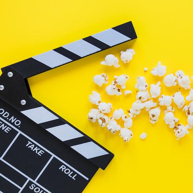 Close-up van klepel en popcorn Gratis Foto