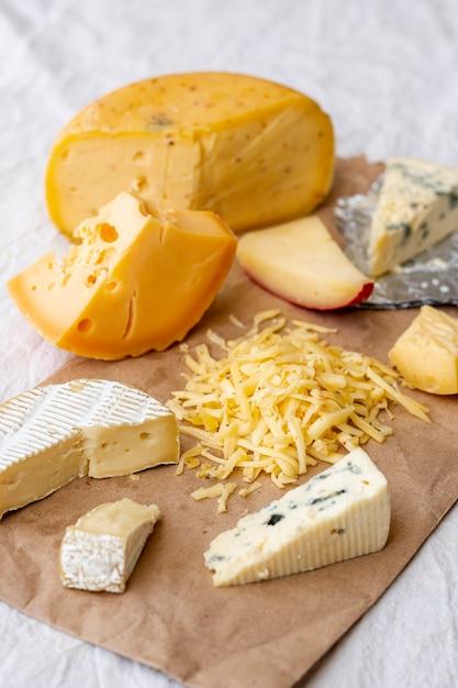 Close-up verscheidenheid aan smakelijke snacks Gratis Foto