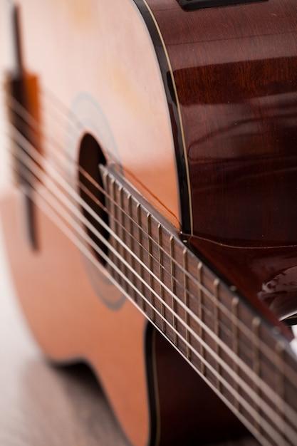 Close-upbeeld van gitaar fingerboard Gratis Foto