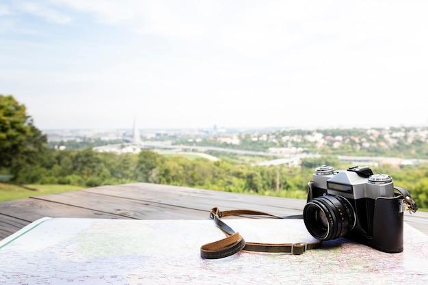 Close-upcamera met mooie achtergrond Gratis Foto