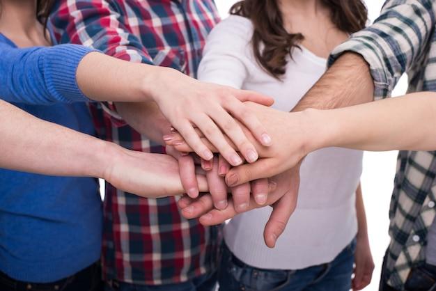Close-uphanden van een groep mensen. Premium Foto