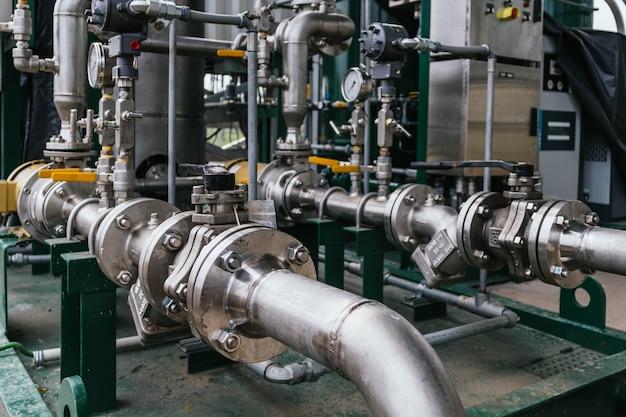 Close-upmening van een cilindrische molen - industrieel concept Gratis Foto