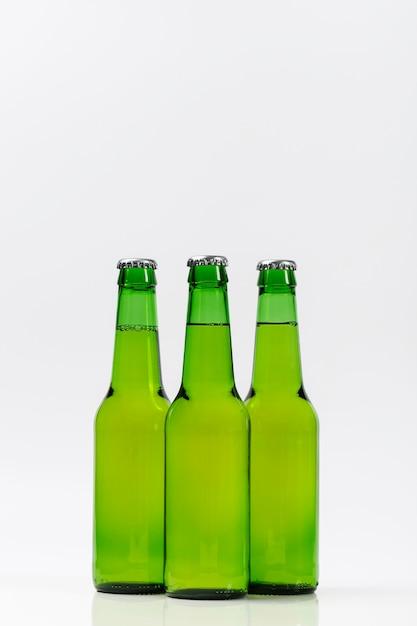 Collectie van koude bierflesjes Gratis Foto