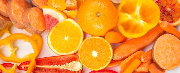 Concept van gezond eten oranje voedsel Gratis Foto