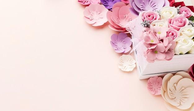 Copy-space bloemen voor moederdag Gratis Foto