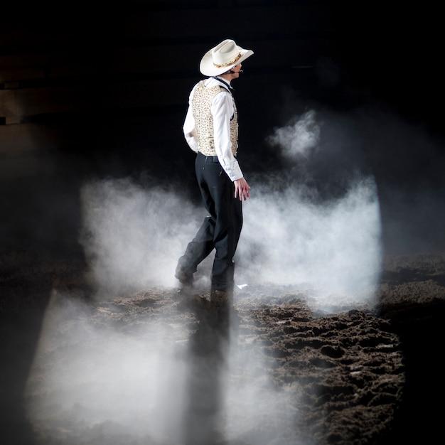 Cowboy bij dixie-stampede in branson, missouri Premium Foto