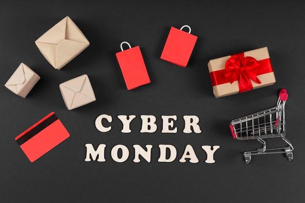 Cyber maandag evenementelementen in miniatuur Gratis Foto