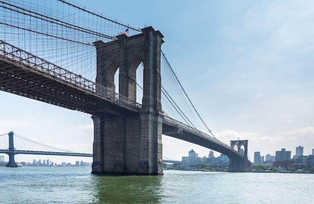 De brug van manhattan van brooklyn wordt gezien dat Premium Foto