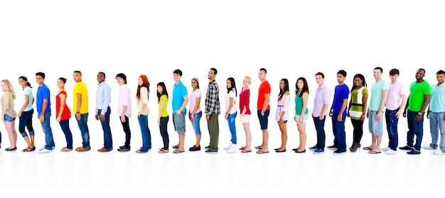De diversiteitsmensen overbevolken vrienden communicatie concept Gratis Foto