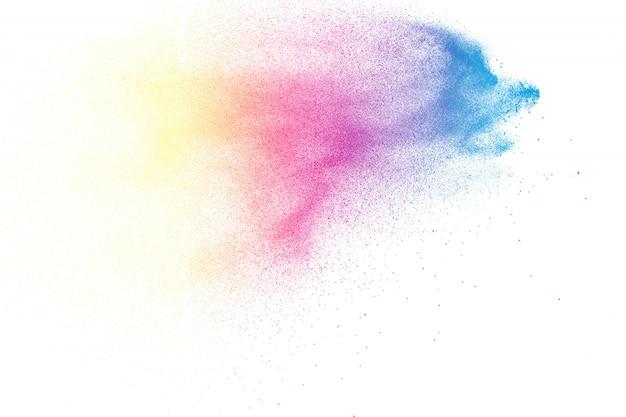 De explosie van het abstracte kleurenpoeder op witte achtergrond Premium Foto