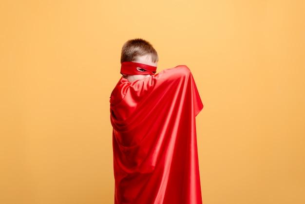 De held en de veiligheid, bescherming, moed Premium Foto