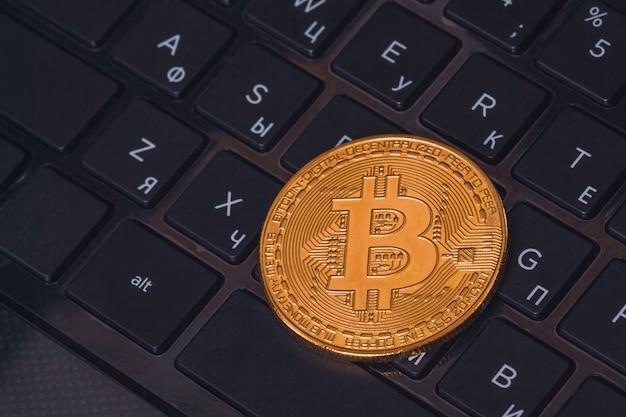 De mooie close-up van muntstukbitcoin btc Premium Foto