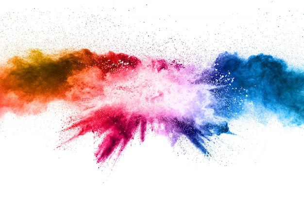 De multi explosie van het kleurenpoeder op witte achtergrond. Premium Foto