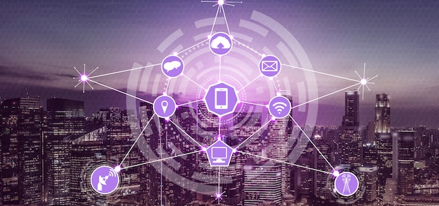 De skyline van de slimme stad met pictogrammen voor draadloze communicatienetwerken. concept van iot internet van dingen. Premium Foto