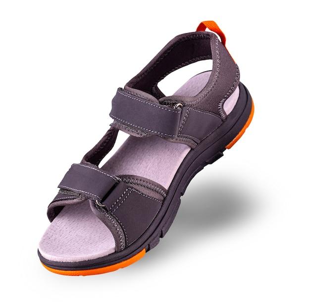 De sporten zomer sandalen op wit oppervlak Premium Foto