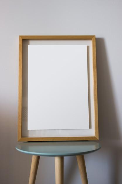 Decoratie houten lijst voor uw poster of fotografie Gratis Foto