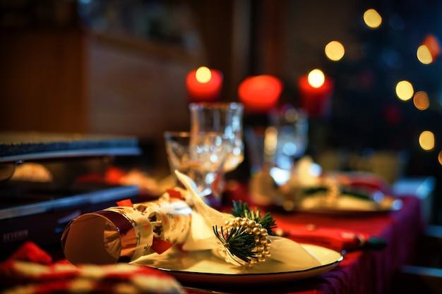 Diner in het restaurant Gratis Foto