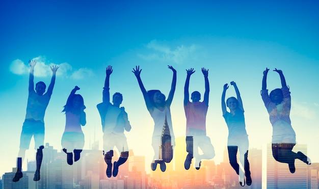Diversiteits toevallig tiener team success winning concept Gratis Foto