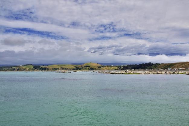 Dorp kaikoura op zuidereiland, nieuw-zeeland Premium Foto