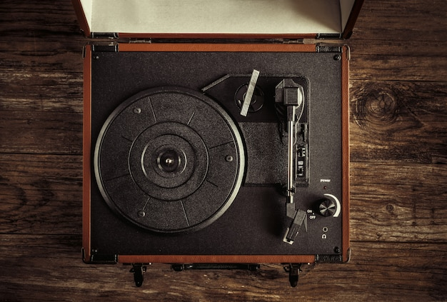 Draaischijf op oud hout Premium Foto