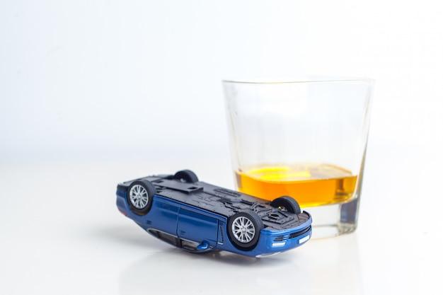 Drinken rijden Premium Foto