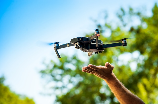 Drone quadcopter met digitale camera Premium Foto