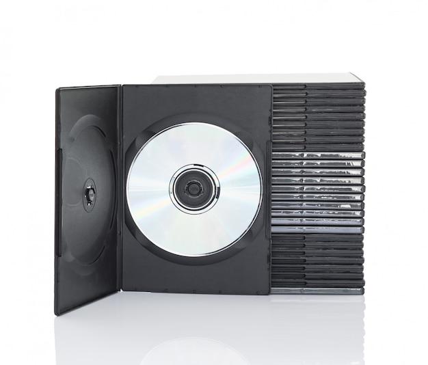 Dvd-dozen met schijf op witte achtergrond Premium Foto