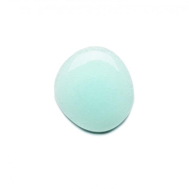 Een druppel blauwe gel om je gezicht met bubbels te wassen. Premium Foto