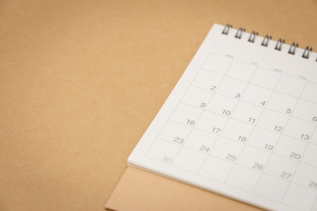 Een kalender van de maand. gebruiken als achtergrond bedrijfsconcept en planning concept Premium Foto