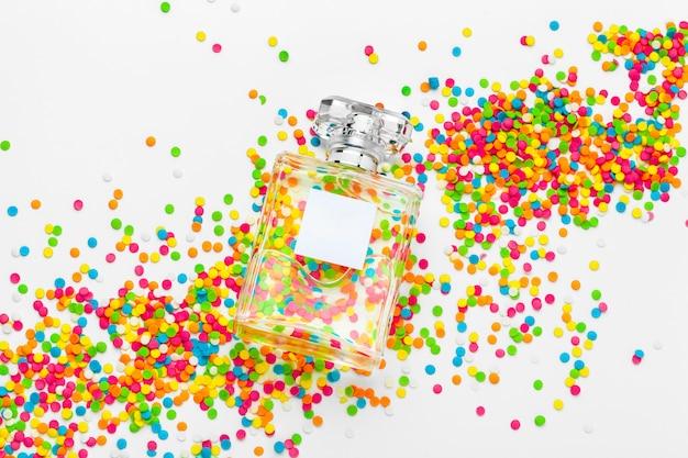 Elegant vrouwelijk parfum Premium Foto