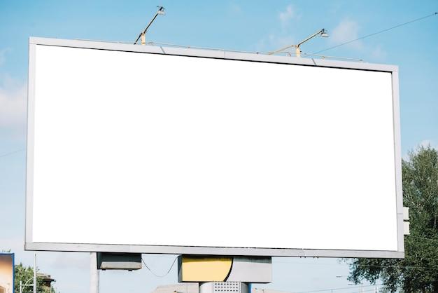 Enorm leeg reclamebord Premium Foto