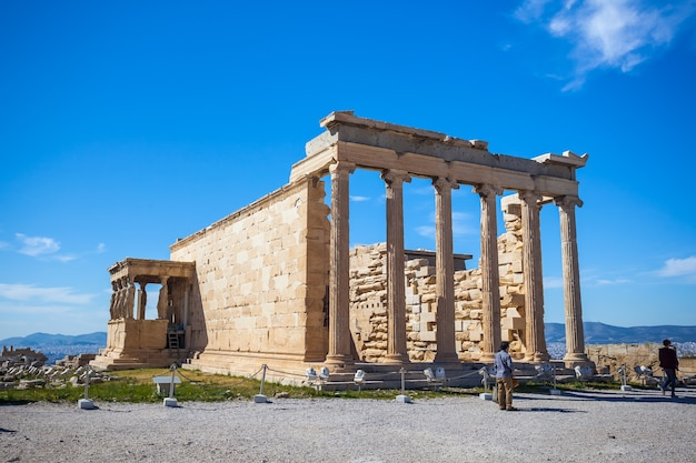 Erechtheion tempel oncropolis, athene, griekenland. Premium Foto