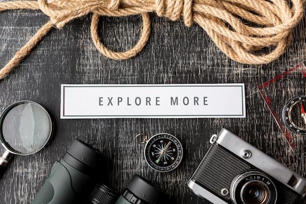 Essentials voor reiskit van bovenaanzicht Gratis Foto