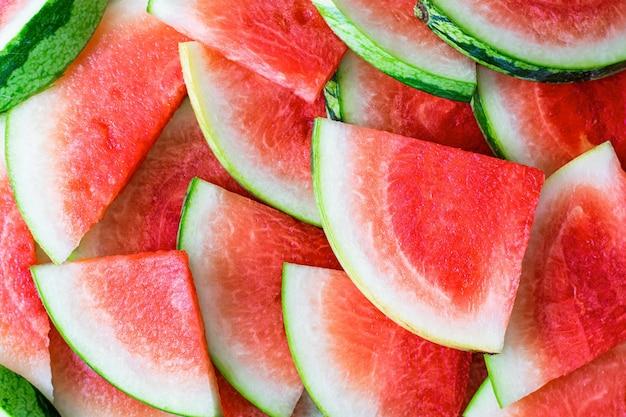 Esthetisch gesneden watermeloenfruit Gratis Foto