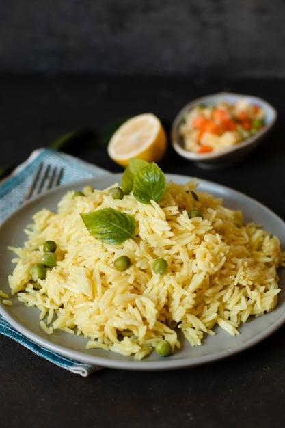 Exotische schotel van de voedsel de indische rijst Gratis Foto