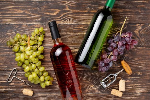 Flessen wijn gemaakt van biologische druiven Gratis Foto