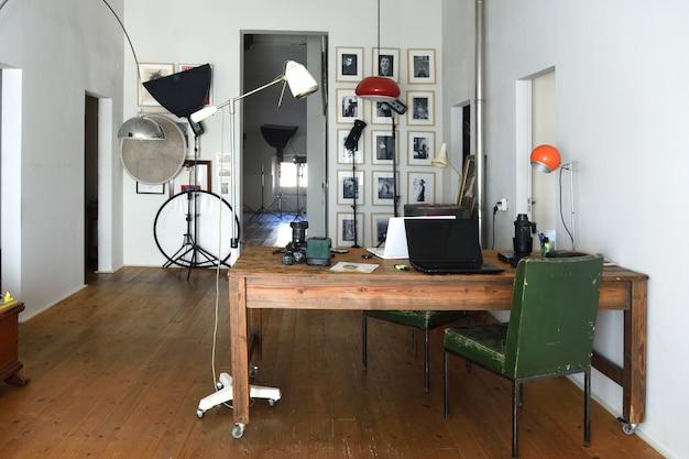 Fotostudio in een oude ruimte Premium Foto